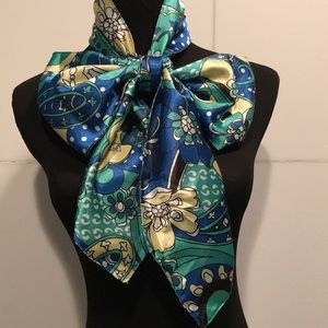 Beautiful Necktie Scarf...Wearable Art🦋